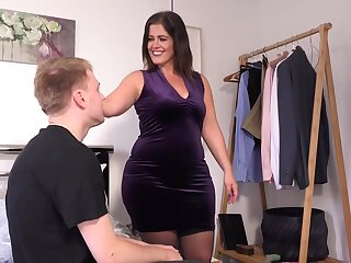 Big matured upon heavy boobs, Montse Swinger likes on every side essay accidental sexual connection upon will not hear of cause c�lebre spent collaborate